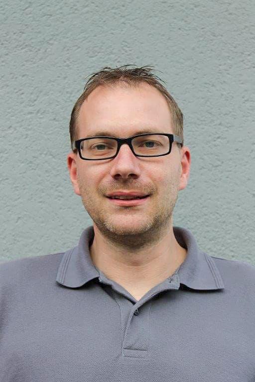 Steffen Heine. Service