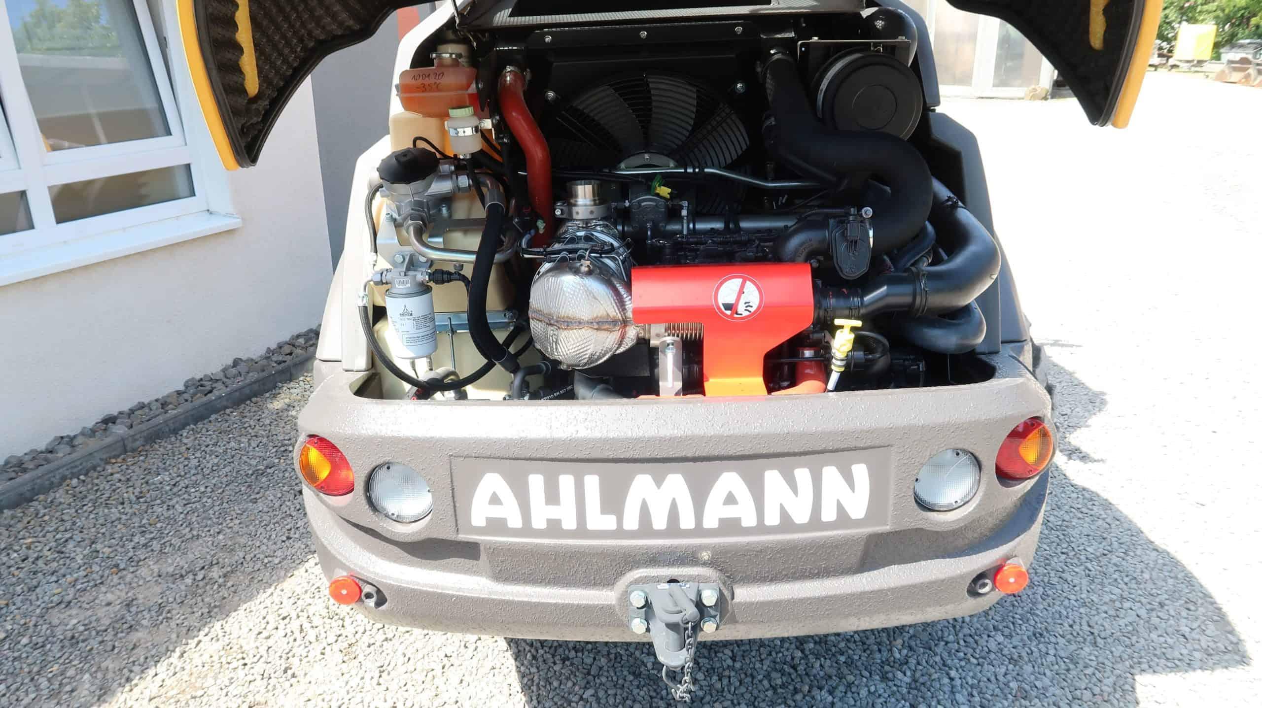 Ahlmann-Mecalac-Teleskoplader-AT-900-Motor