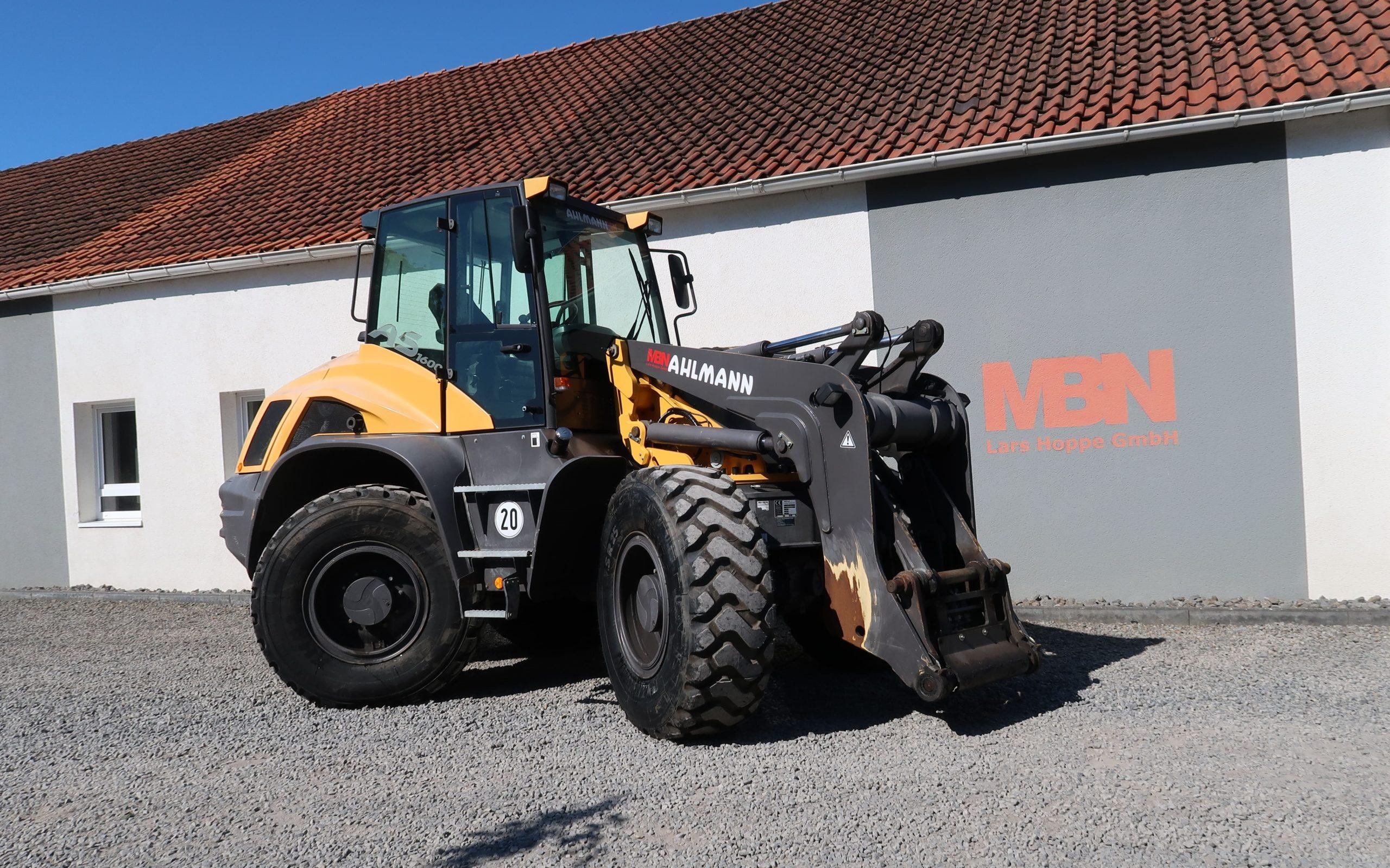 Ahlmann-AS-1600-Schwenklader-Radlader-gebraucht-kaufen-MBN