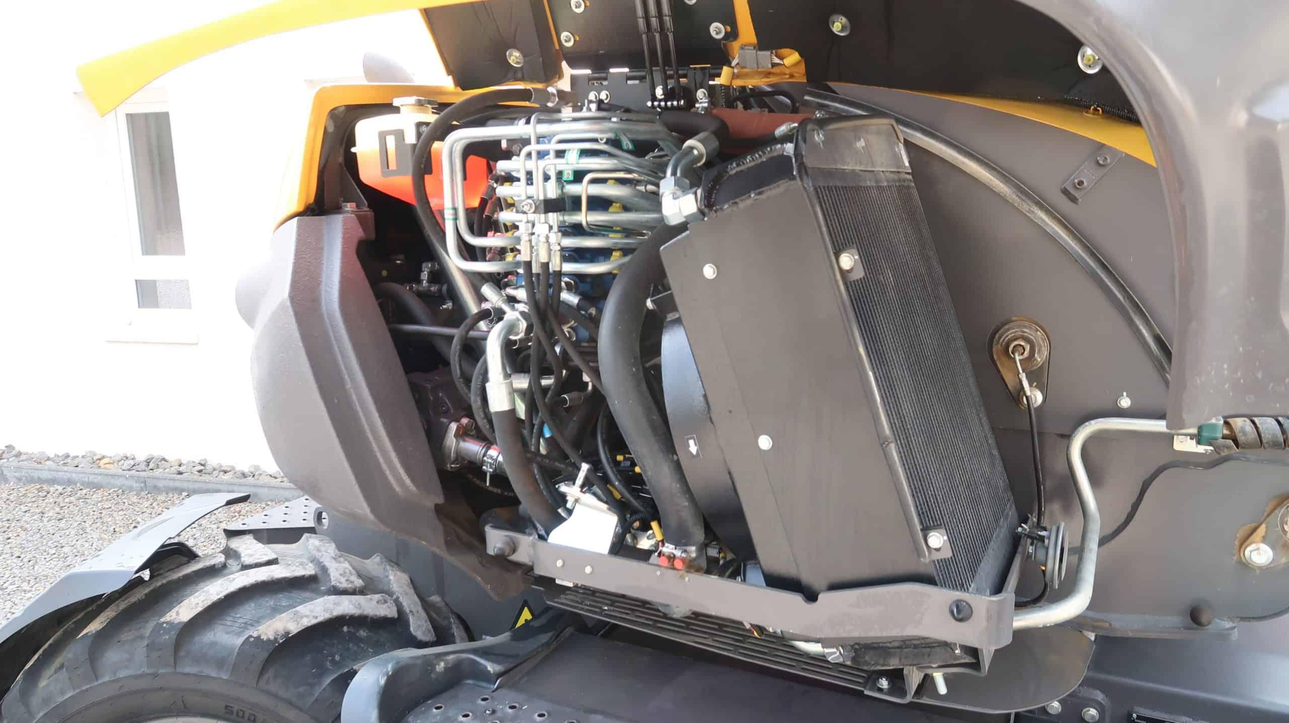 Mecalac-7.MWR-Mobilbagger-Motor