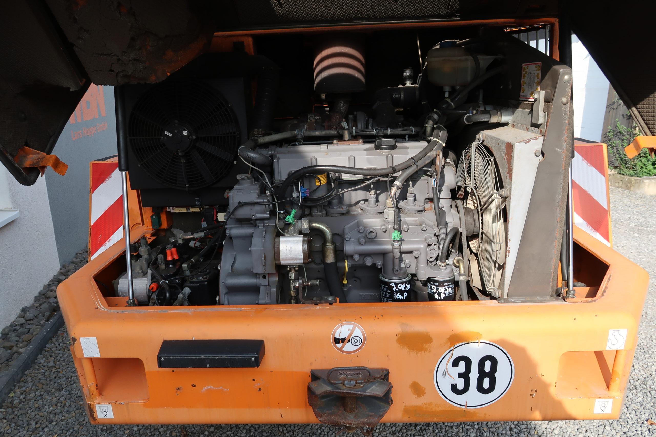 Ahlmann-AS-14-Schwenklader-MBN-gebraucht-kaufen-Motor
