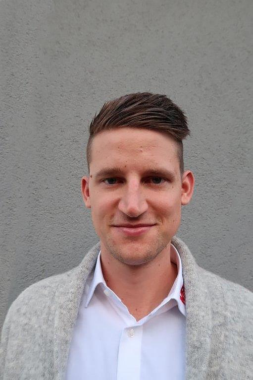 Maximilian Starke, Vertrieb MBN